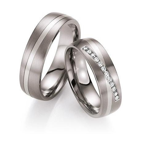 Snubní prsteny v kombinaci titanu se zlatem
