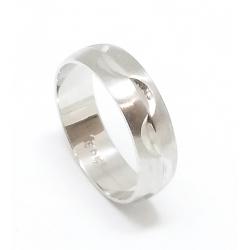 Zlatý snubní prsten velikost 51