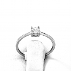 Zásnubní prsten z bílého zlata se zirkonem