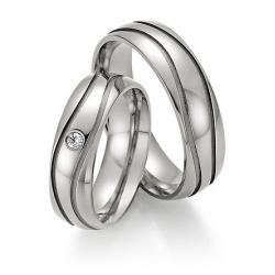 Kolekce snubních prstenů z titanu s brilianty