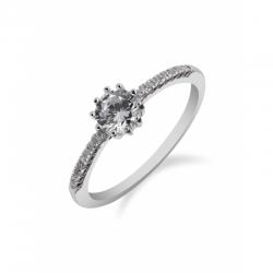 Ukázka zásnubních prstenů ze stříbra k zakoupení v prodejně od 699,- do 1.595,-